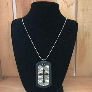 Men's Camo Dog Tag w/Cross Necklace